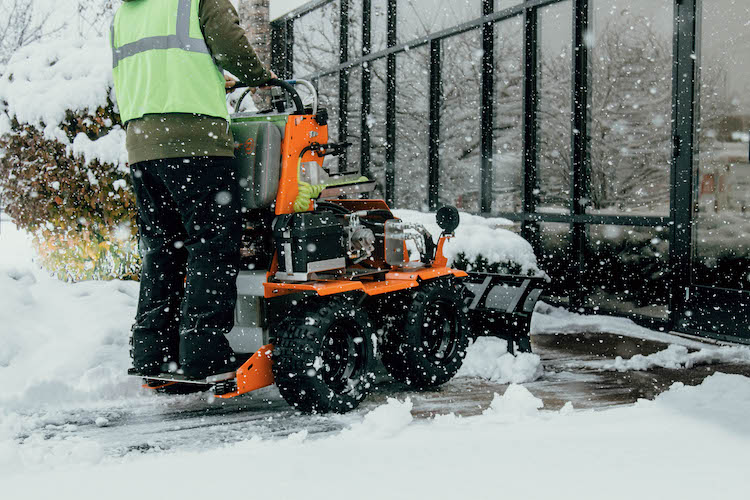 Commercial Snow Removal Company McHenry IL