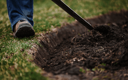 Flower bed edging service in Crystal Lake, IL.  Service areas include Crystal Lake, Village of Lakewood, Cary, Oakwood Hills, Lake In The Hills, Algonquin, and Huntley.